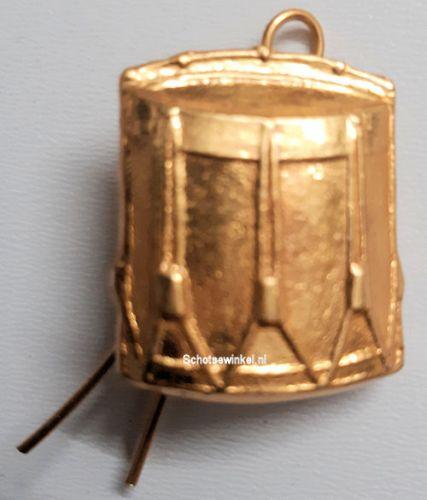 Drum, Cap Badge