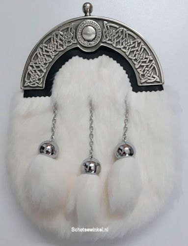 Rabbit, White 3 tassels Sporran