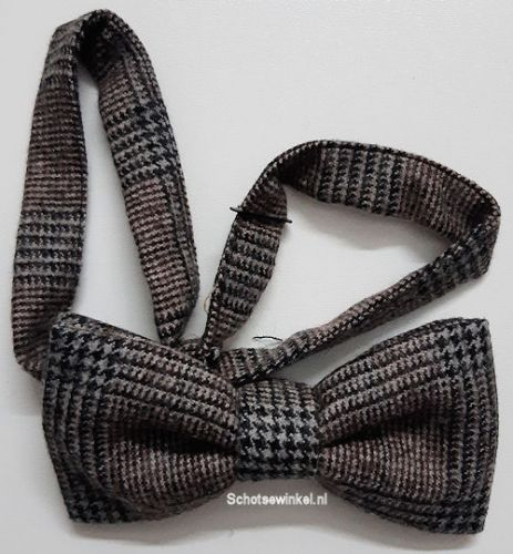Bow tie, Pennine Brecken
